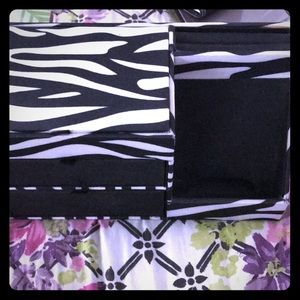 Zebra jewelry organizer with cell phone holder